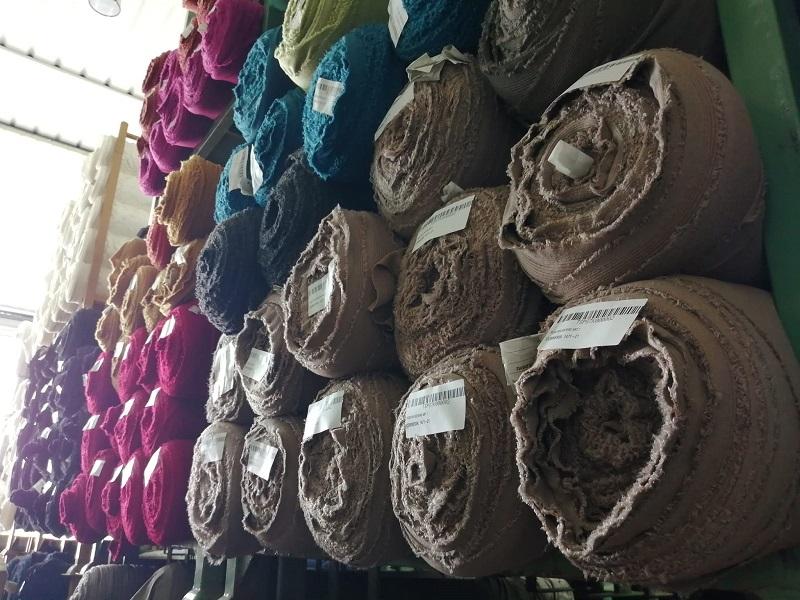 tissu tricoté en stock